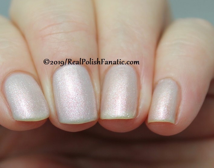 OPI - Engage-meant to Be and Throw Me A Kiss - Always Bare For You Collection - Soft Shades Spring 2019 (3)
