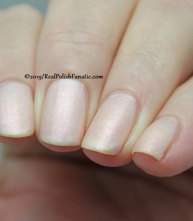 OPI - Throw Me A Kiss (matte) -- Always Bare For You Collection - Soft Shades Spring 2019 (11)