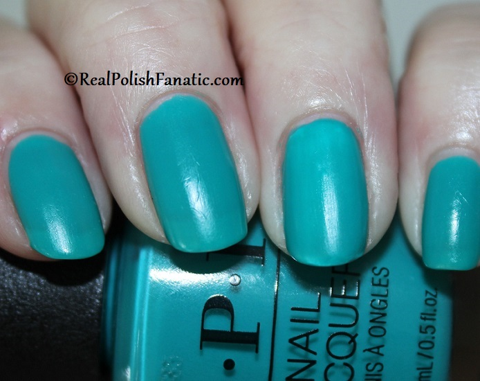 OPI - Dance Party Teal Dawn -- Neon Collection Summer 2019 (3)