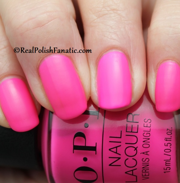 OPI - V·I·Pink Passes -- Neon Collection Summer 2019 (10)