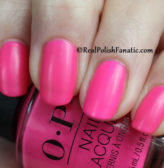 OPI - V·I·Pink Passes -- Neon Collection Summer 2019 (14)
