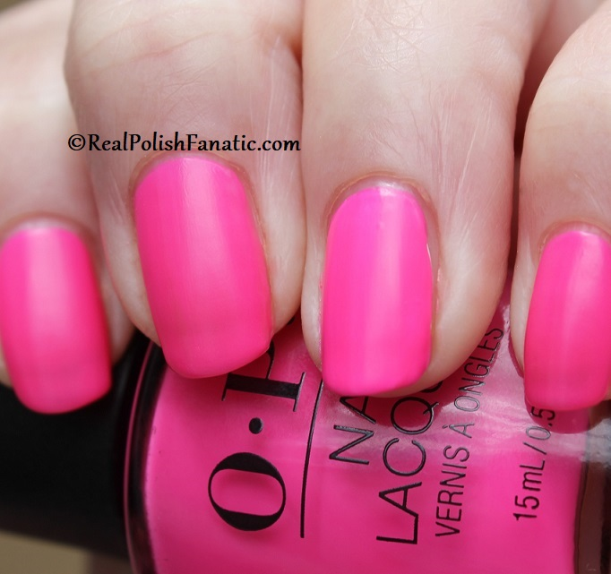 OPI - V·I·Pink Passes -- Neon Collection Summer 2019 (16)
