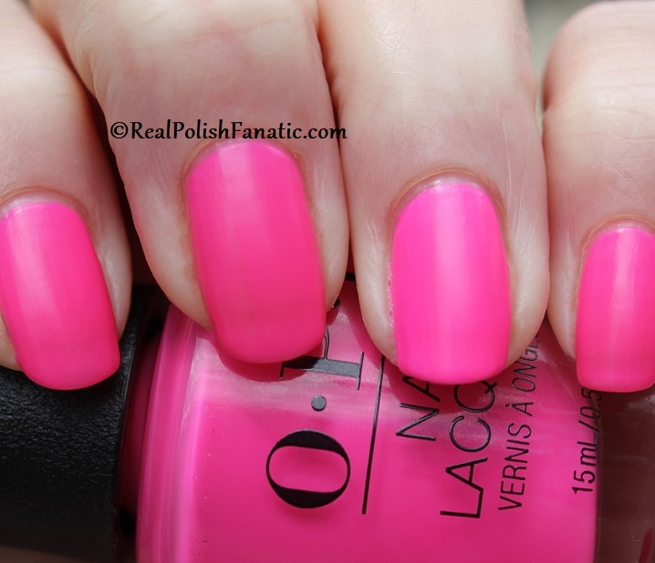OPI - V·I·Pink Passes -- Neon Collection Summer 2019 (17)