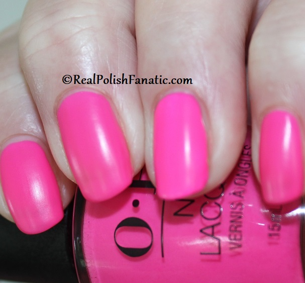 OPI - V·I·Pink Passes -- Neon Collection Summer 2019 (5)