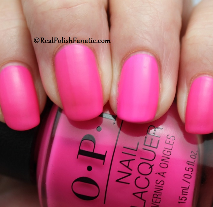 OPI - V·I·Pink Passes -- Neon Collection Summer 2019 (8)
