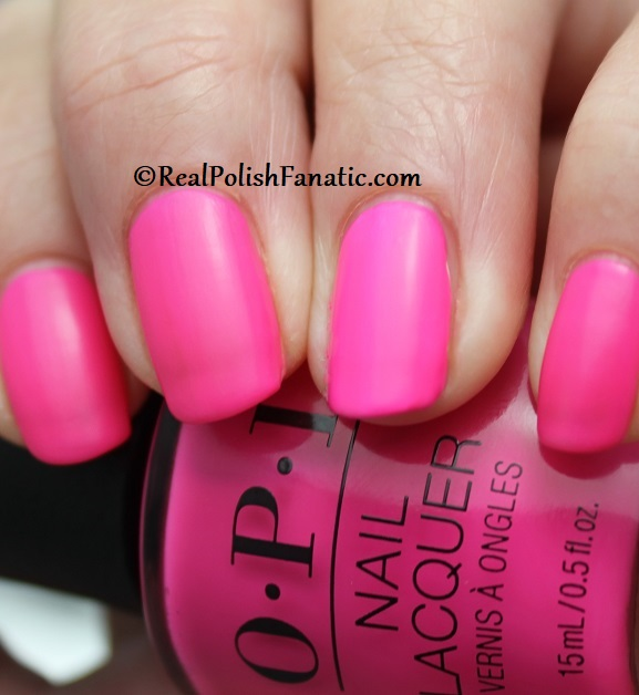 OPI - V·I·Pink Passes -- Neon Collection Summer 2019 (9)