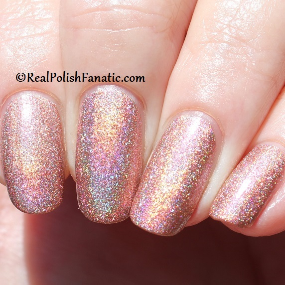 Essie - Gorge-ous Geodes 1567 - Gorgeous Geodes Collection June 2019 (15)