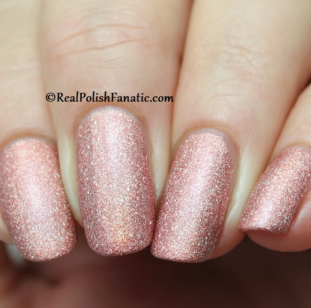Essie - Gorge-ous Geodes 1567 - Gorgeous Geodes Collection June 2019 (9)