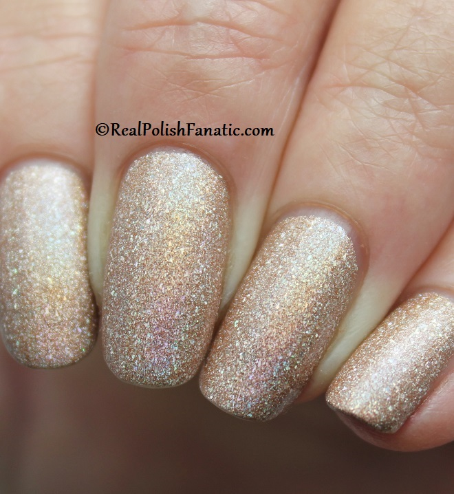 Essie - Of Quartz 1568 - Gorgeous Geodes Collection June 2019 (11)