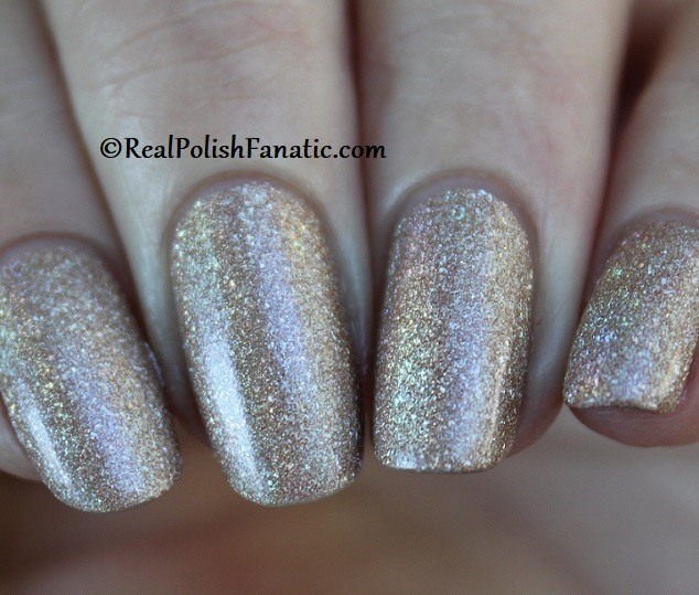 Essie - Of Quartz 1568 - Gorgeous Geodes Collection June 2019 (14)