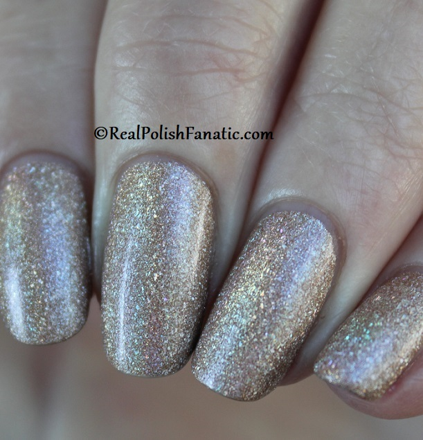 Essie - Of Quartz 1568 - Gorgeous Geodes Collection June 2019 (15)