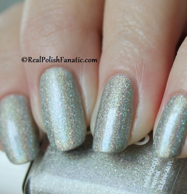 Essie - Rock Your World 1565 - Gorgeous Geodes Collection June 2019 (12)