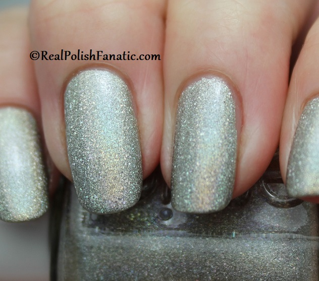 Essie - Rock Your World 1565 - Gorgeous Geodes Collection June 2019 (8)