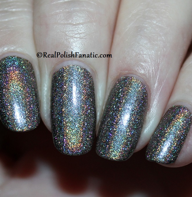 Essie - Stop, Look & Glisten 1570 - Gorgeous Geodes Collection June 2019 (1)