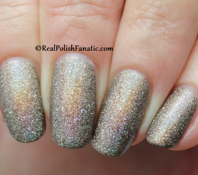 Essie - Stop, Look & Glisten 1570 - Gorgeous Geodes Collection June 2019 (10)