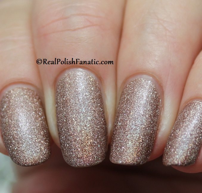 Essie - You're A Gem 1569 - Gorgeous Geodes Collection June 2019 (8)