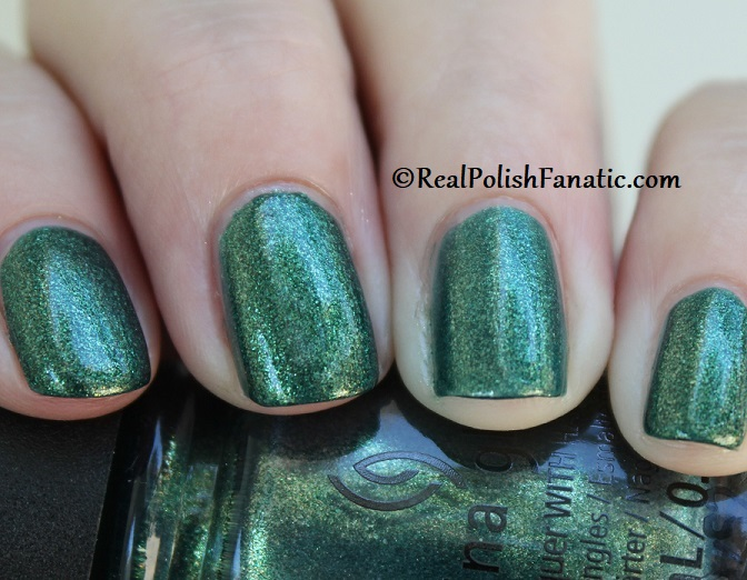 China Glaze - Green With Jealousy -- Catch A Color Collection Halloween 2019 (11)
