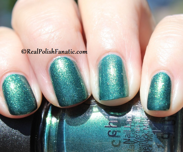 China Glaze - Green With Jealousy -- Catch A Color Collection Halloween 2019 (13)