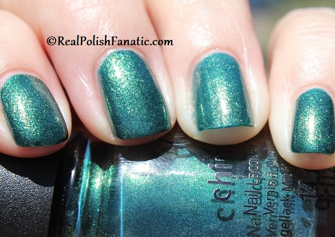 China Glaze - Green With Jealousy -- Catch A Color Collection Halloween 2019 (14)