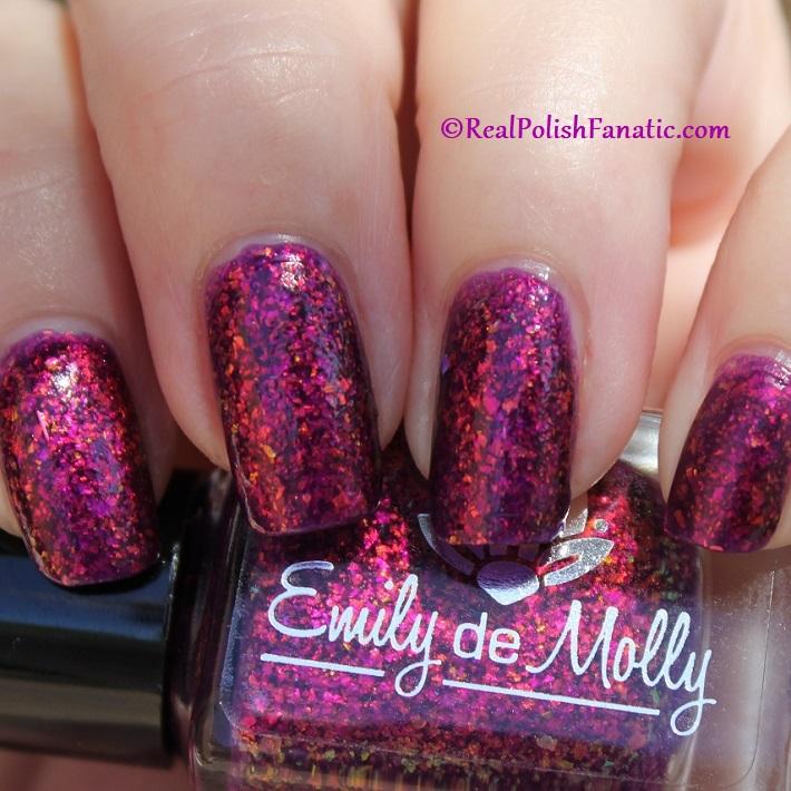 Emily de Molly - Half Orange (16)