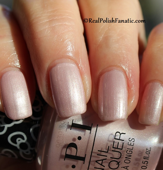OPI - A Hush of Blush -- OPI Hello Kitty 2019 Holiday Collection (24)