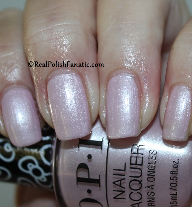 OPI - A Hush of Blush -- OPI Hello Kitty 2019 Holiday Collection (3)