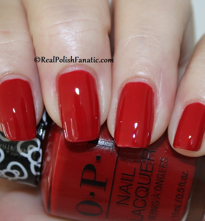 OPI - A Kiss on the Chic -- OPI Hello Kitty 2019 Holiday Collection (5)