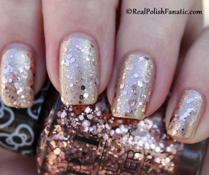 OPI - Born to Sparkle over Many Celebrations to Go -- OPI Hello Kitty 2019 Holiday Collection - Glitter Trio (26)