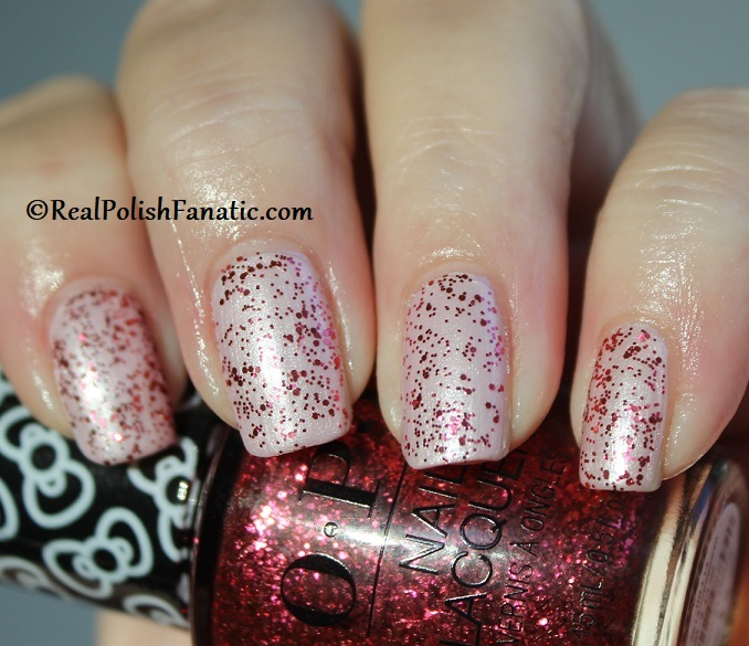 OPI - Dream In Glitter over A Hush of Blush -- OPI Hello Kitty 2019 Holiday Collection - Glitter Trio (17)