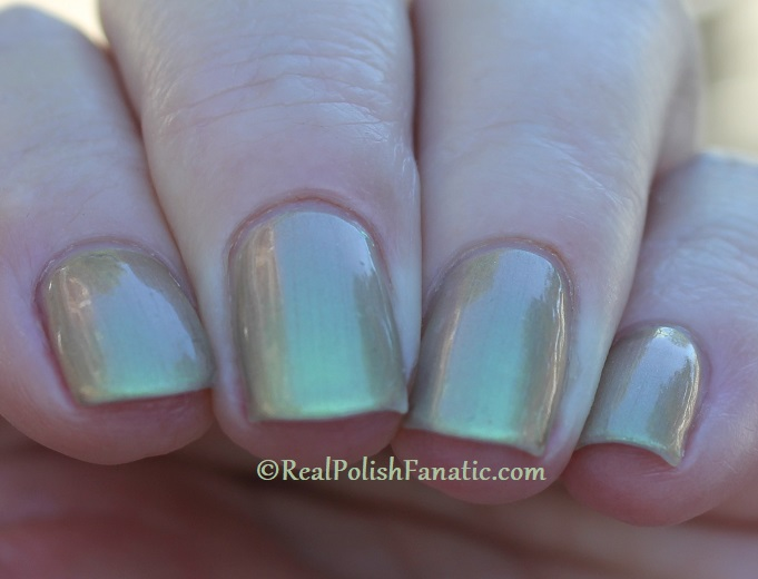 OPI - Olive For Pearls -- Spring 2020 Neo Pearl Infinite Shine (21)
