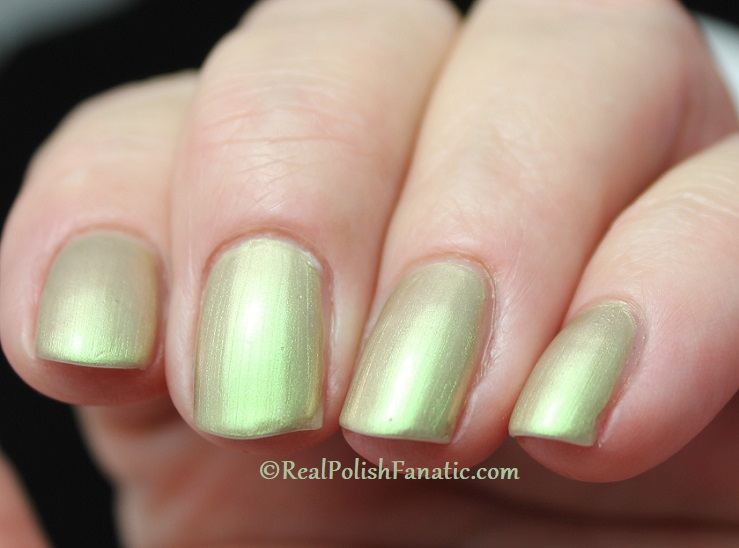 OPI - Olive For Pearls -- Spring 2020 Neo Pearl Infinite Shine (7)