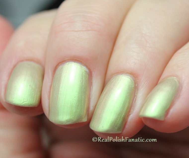OPI - Olive For Pearls -- Spring 2020 Neo Pearl Infinite Shine (8)