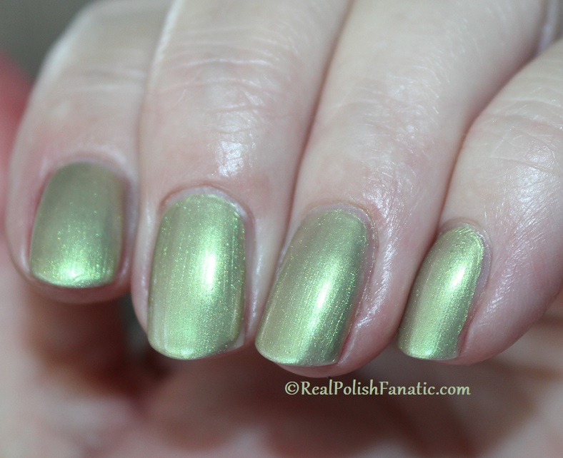 OPI - Olive For Pearls -- Spring 2020 Neo Pearl Infinite Shine (9)