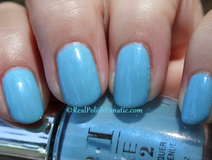 OPI - Two Baroque Pearls -- Spring 2020 Neo Pearl Infinite Shine (18)