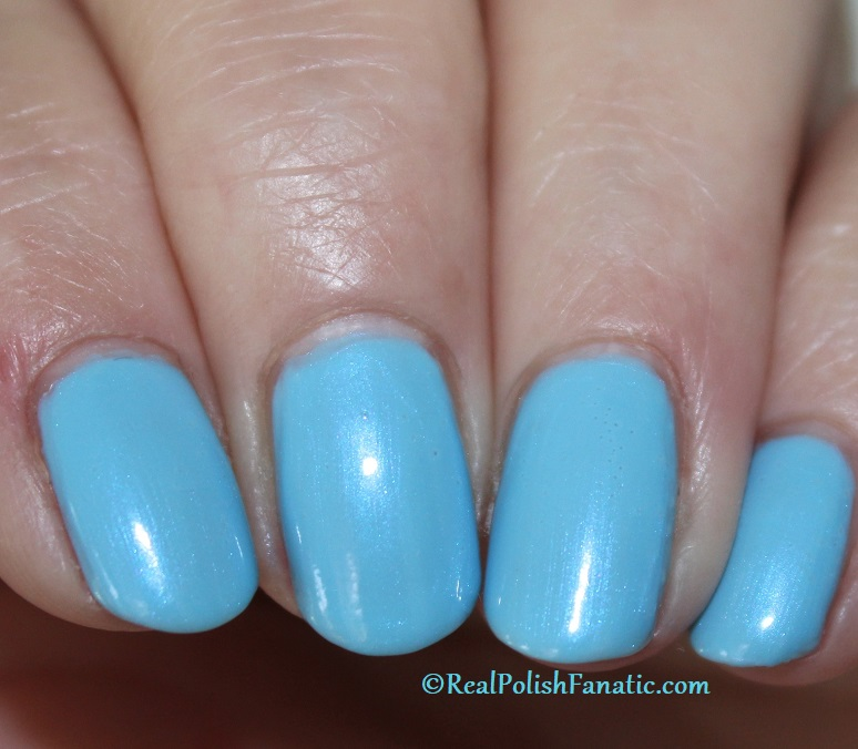 OPI - Two Baroque Pearls -- Spring 2020 Neo Pearl Infinite Shine (6)
